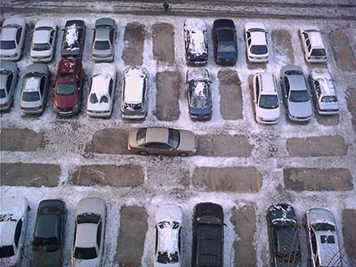 Crowded parking in Korea apartment complex