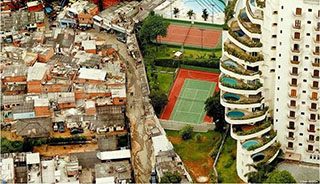 Morumbi vs favela Paraisópolis