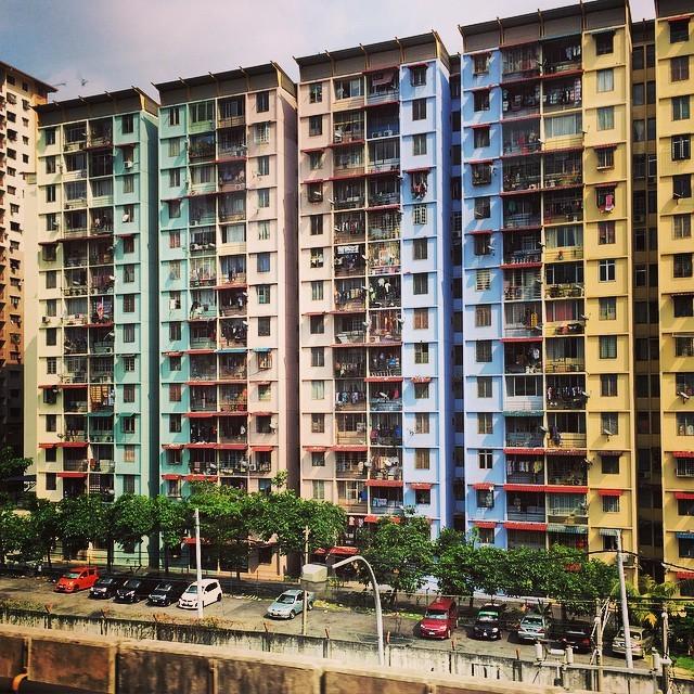 Technicolor public housing